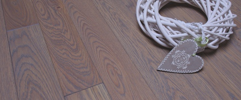 /products/floorboard/oiled-varnished/colour-and-surface-oak/basalt-grey-brushed/