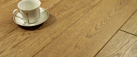 /products/floorboard/oiled-varnished/colour-and-surface-oak/antique-smooth/