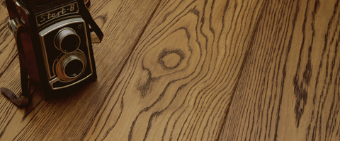 /products/floorboard/oiled-varnished/colour-and-surface-oak/palisander-brushed/